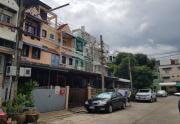 ขาย ทาวน์เฮ้าส์ ลาซาลเพลส ซอยลาซาล 24 ถนนสุขุมวิท เขตบางนา กรุงเทพมหานคร