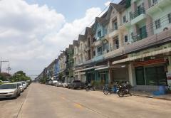 ให้เช่าอาคารพาณิชย์ สถาพร คลอง 4 ถนนรังสิต-นครนายก อ.ธัญบุรี จ.ปทุมธานี