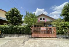 ขายบ้านเดี่ยว หมู่บ้านสกุลทิพย์ ซอยบรมราชชนนี 123 ถนนบรมราชชนนี เขตทวีวัฒนา กรุงเทพมหานคร