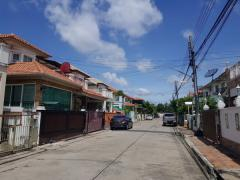 ขายบ้านเดี่ยว หมู่บ้านชวนชื่น ศรีนครินทร์-เทพารักษ์ ซอยโรงเรียนบางเมือง ถนนเทพารักษ์ อ.เมืองสมุทรปราการ จ.สมุทรปราการ