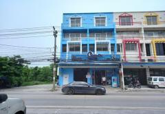 ให้เช่าอาคารพาณิชย์ คู้บอน 27 ถนนรามอินทรา เขตลาดพร้าว กรุงเทพมหานคร